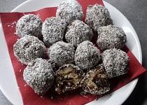 Rýžové kuličky v čokoládě a kokosu