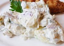Vídeňský bramborový salát se smetanou