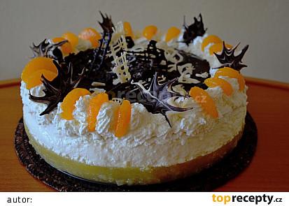 Ovocný dort se šlehačkou