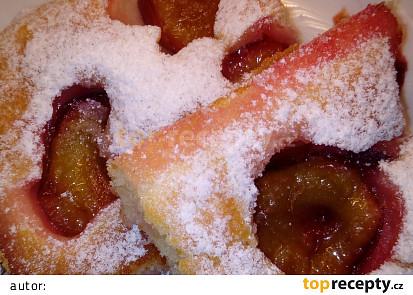 Šťavnatý švestkový koláč