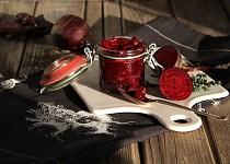 Karamelizovaná řepa s cibulí