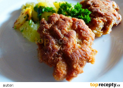 Krůtí biftečky s petrželkovými brambory