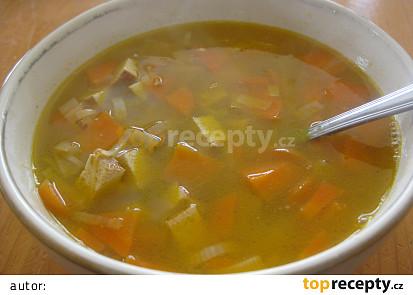 Tofu polévka s mrkví