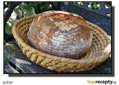 Grilovací pšenično-žitný chléb s otrubami