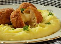Kuřecí šlehané koule plněné sýrem