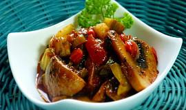 Žampionový salát se zeleninou