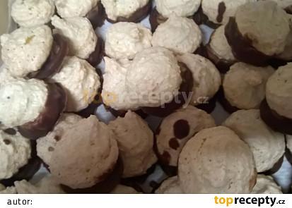 Kokosky plněné čokoládovým krémem