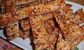 Kořeněné slané tyčinky (pečivo) se semínky