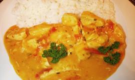 Kuřecí maso v paprikovo-rajčatové omáčce