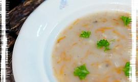 Máslová krupková polévka