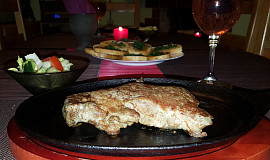 Rib eye steak na litinové pánvi