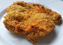 Kuřecí řízek v kukuřičných lupíncích pečený v troubě (bez tuku)