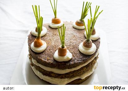 Mrkvový dort s pekanovými ořechy