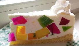 Tvarohovo-smetanový dortík s barevným želé