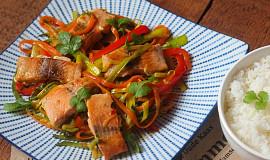 Losos na pikantní zelenině