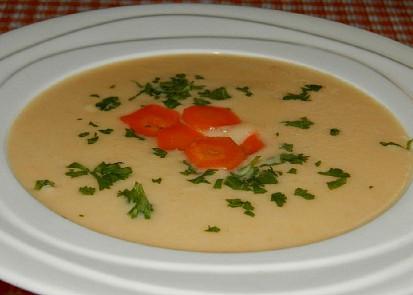Celerovo-sýrová krémová polévka