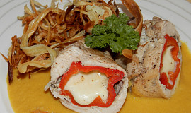 Kuřecí prsa plněná kapií a mozarellou (dělená strava - zvířátka)