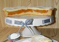 Meruňkový koláč s polevou