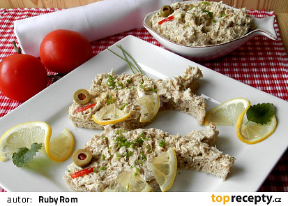 Pomazánka z uzené makrely se sýrem