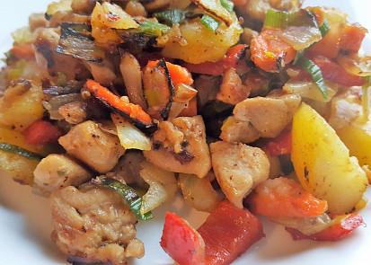Směs brambory, kuřecí maso, zelenina (bez tuku)