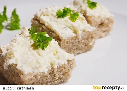 Sýrová pomazánka se zakysanou smetanou