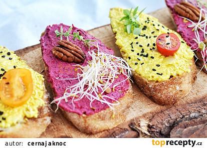 Veganské chlebíčky s pomazánkou z tofu