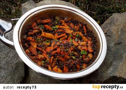 Černá čočka s kořenovou zeleninou - příloha či teplý salát