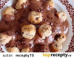 Čokoládové buchtičky s čokoládovým pudinkem