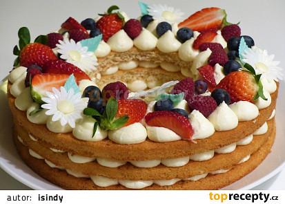Piškotový kruh s ovocem a krémem - bobečkový