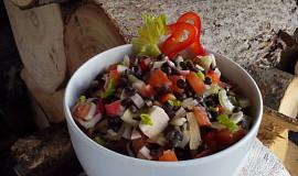Salát (nejen) s černou čočkou