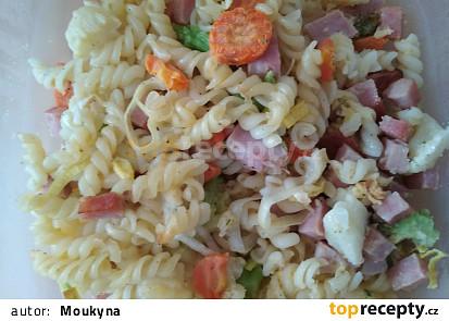 Zapečené těstoviny se šunkou a zeleninou