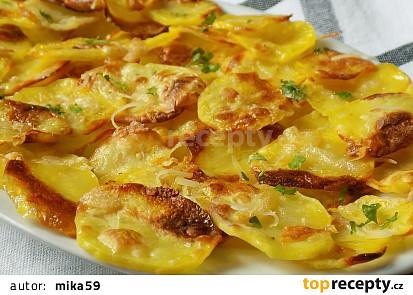 Jednoduché chipsy s uzeným sýrem