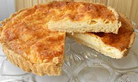 Koláč se sýrovou náplní