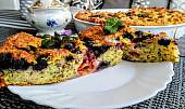 Ovocný koláč s vločkami a chia semínky