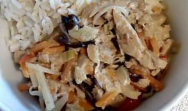 Pikantní sojové nudličky s kokosovým mlékem