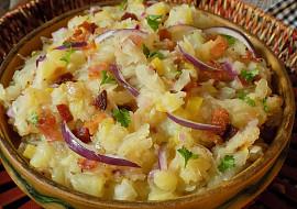 Šťouchanice z brambor, slaniny a kysaného zelí