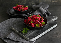 Bramborový salát s fazolemi a řepou
