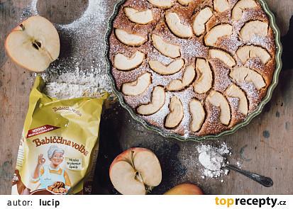Špaldový Jablečný koláč