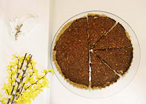 Datlový koláč s vlašskými ořechy