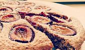 Skořicovo-švestkový koláč