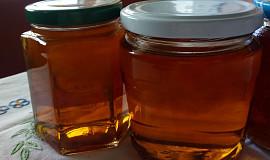 Pampeliškový med do čaje i na chléb
