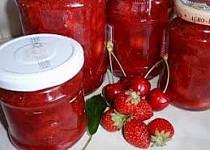 Jahodovo-třešňová marmeláda / džem