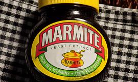 Králičí předek pečený s Marmite