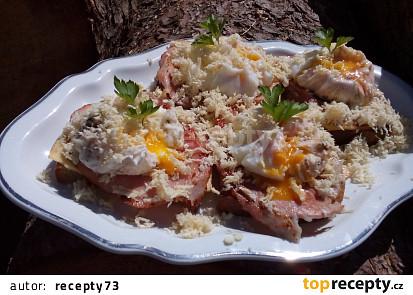 Křenové topinky s vejcem