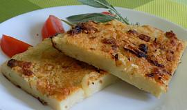 Bramborovo-tykvový koláč s brynzou