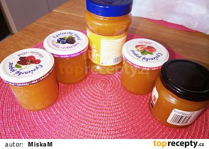 Domácí meruňkový džem Dr.Oetker