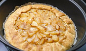 Jablkový koláč pečený v remosce