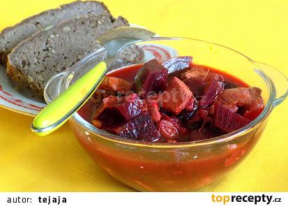 Kuřecí maso s červenou řepou