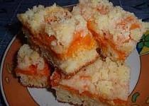 Meruňkový koláč z kefíru
