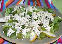 Tofu salát s řapíkatým celerem a hruškou